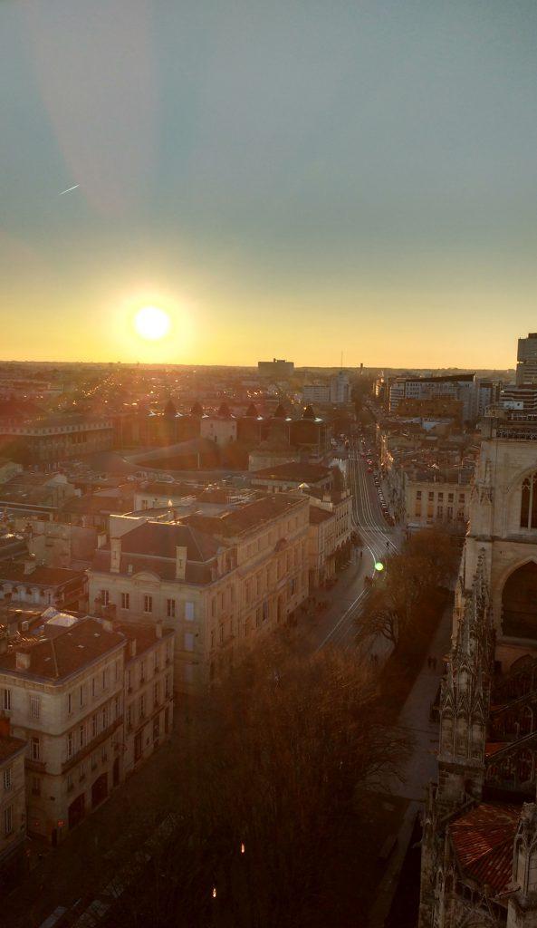 Coucher de soleil sur Bordeaux, vue de la Tour Pey Berland